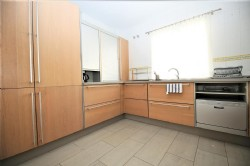 PA1_Modern_Kitchen_1.jpg
