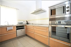 PA1_Modern_Kitchen.jpg