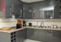 PA5Puerto Alto_Modern_well_equipped_kitchen.JPG