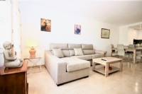 PP9_Modern_and_bright_lounge_with_comfortable_sofa.jpeg